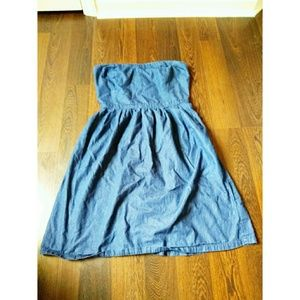 Old navy strapless denim dress size 10